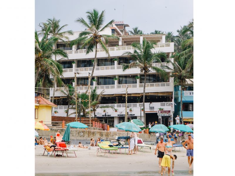 beachhotel2_front
